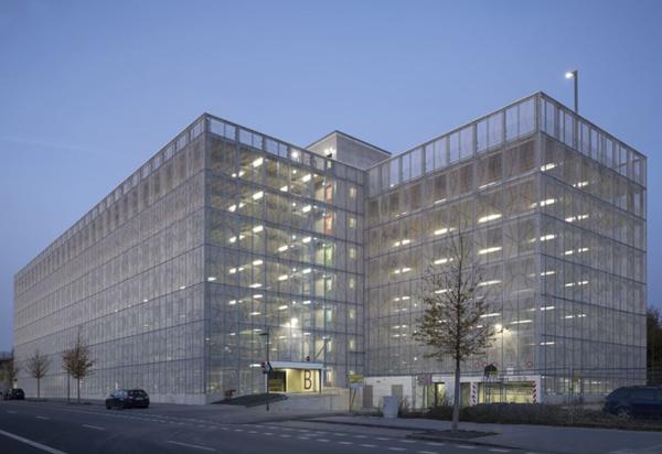 Bauhaus Mannheim Parkhaus